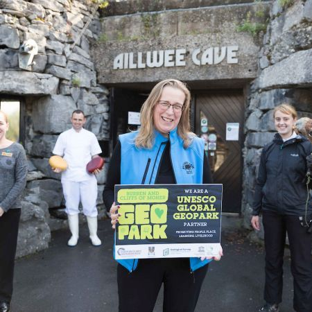 Ailwee Caves and Birds of Prey, Family adventure, escape, reconnect