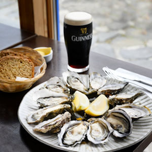 Linnanes Lobster Bar, Oysters and Guinness, food and sea views