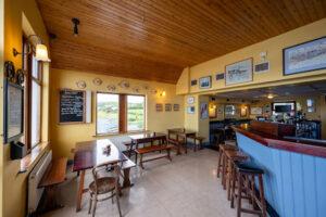 Linnane's Bar seafood restaurant dining, sea views